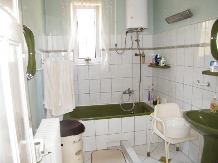 Verkaufen Haus Tatabánya  270 m<sup>2</sup> 30 millió Ft